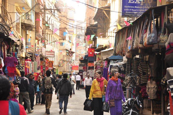 thamel-bazar-durante-el-día