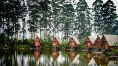 Cottages at Bamboo Village.